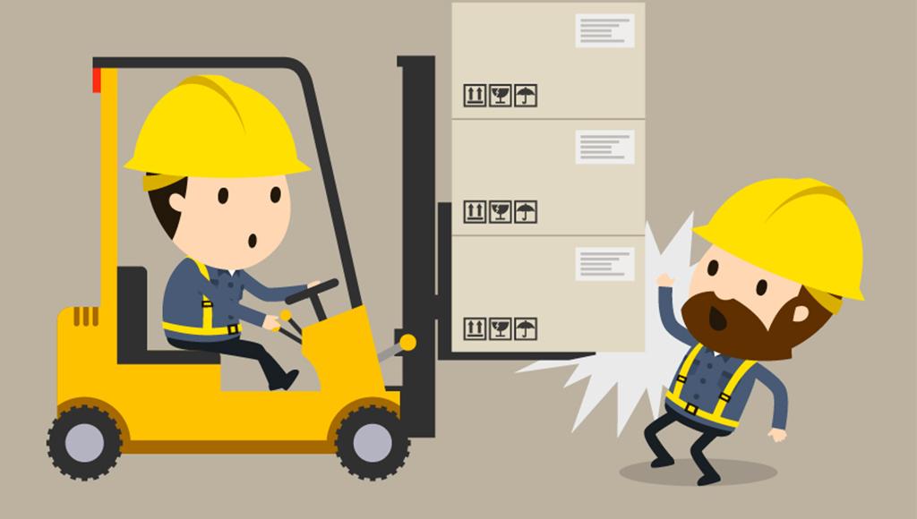 In der Illustration wird ein Beschäftigter von einem Gabelstapler angefahren